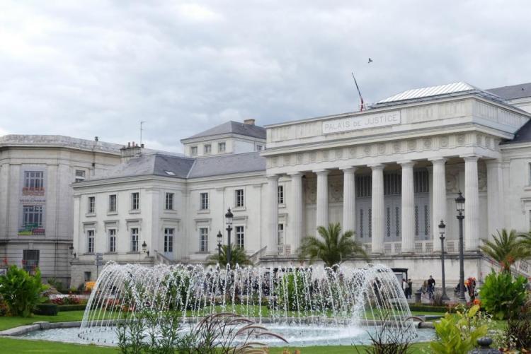 Palais de Justice de Tours à TOURS - Maître Germain YAMBA Avocat - Docteur en Droit - TOURS 37